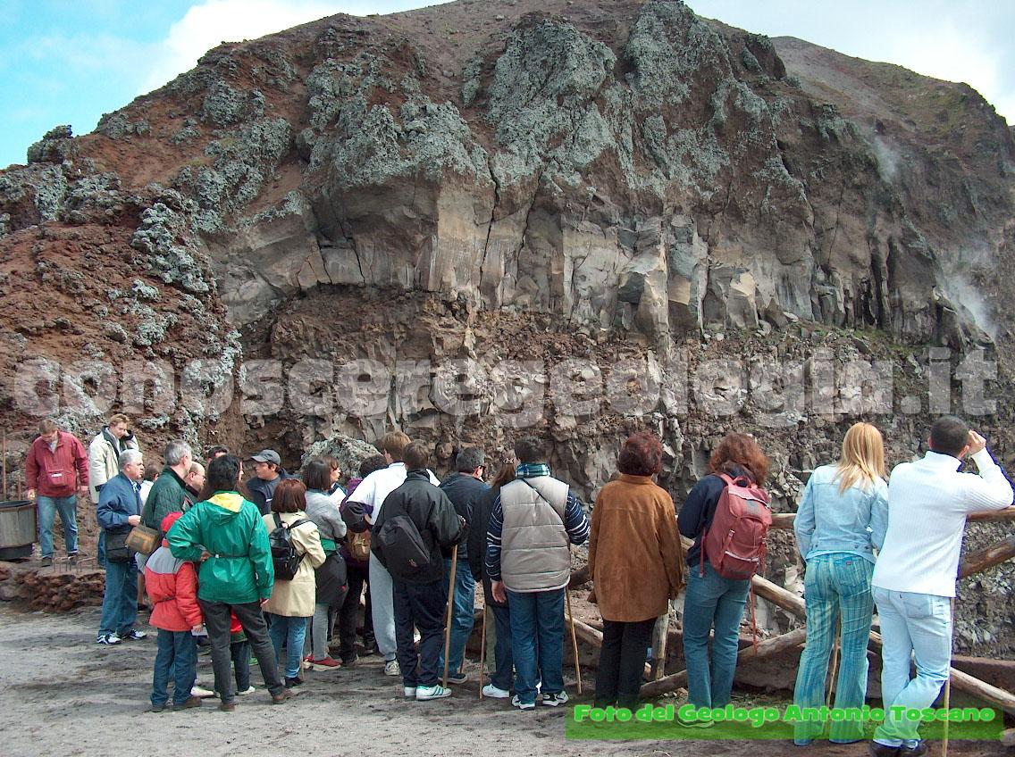 Dal cratere del Vesuvio – FOTOGALLERY CONOSCEREGEOLOGIA.IT