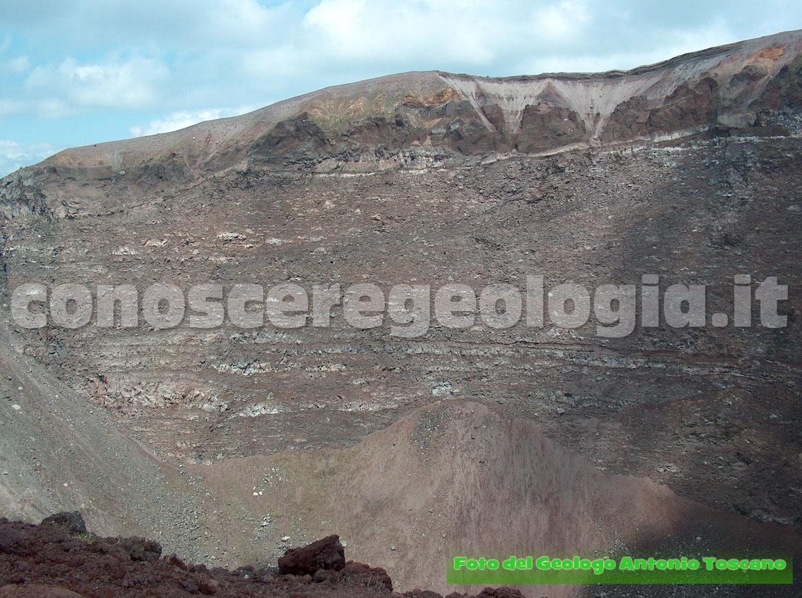 Firmati gemellaggi per rischio Vesuvio e Campi Flegrei