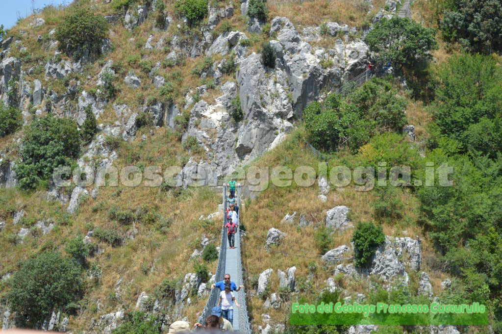 Geologi sul Ponte Tibetano di Laviano – FOTOGALLERY CONOSCEREGEOLOGIA