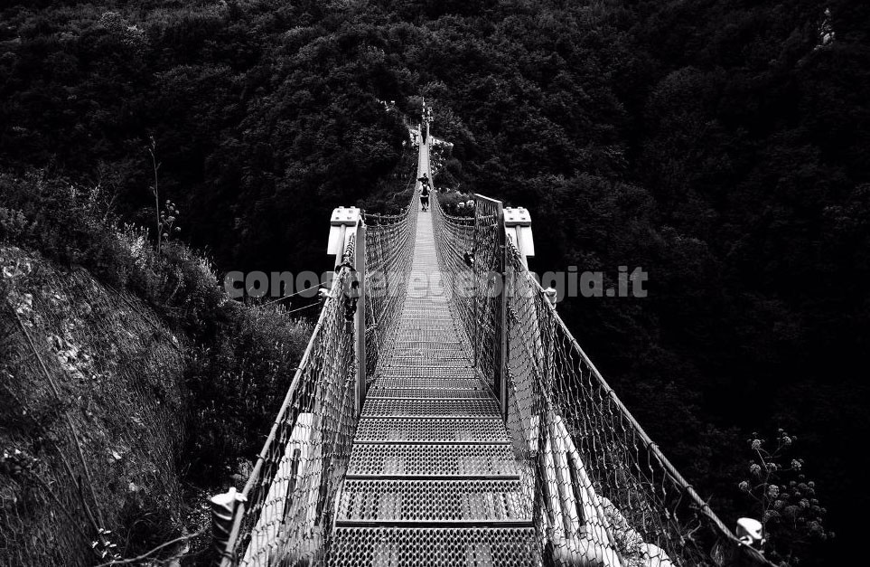 Geoescursione al ponte Tibetano di Laviano