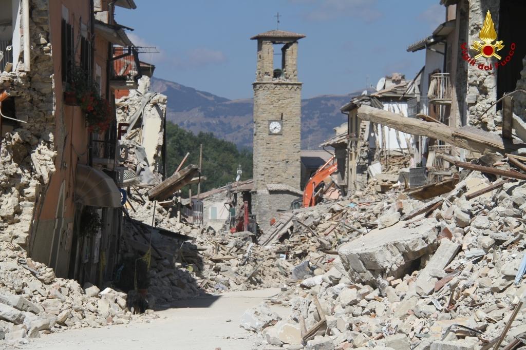 """È come se il fenomeno sismico, in Italia, sia sempre una """"novità'': effetti di sito e microzonazione sismica"""