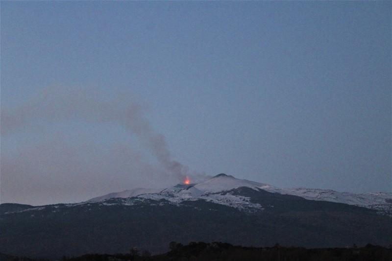 Etna, si intensifica l'attività eruttiva al Cratere di SE
