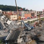 Crollo ponte Morandi A10, vista cantiere dall'autoscala – VIDEO VIGILI DEL FUOCO