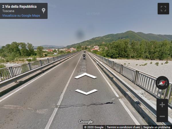 Crollo del ponte in provincia di Massa Carrara